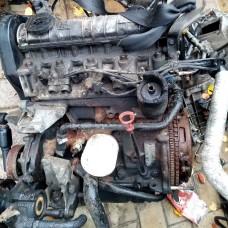 Двигатель B18U 103 для volvo 460, 440 моновпрыск