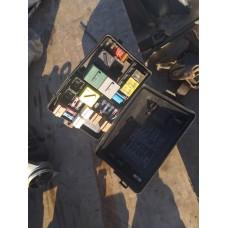 Блок предохранителей 93BG14A076EB (Ford Mondeo I)