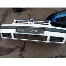 Бампер передний (VW Golf IV)