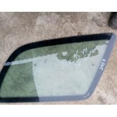 Стекло кузовное боковое правое (Ford Escort)