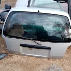 Стекло крышки (двери) багажника (Nissan Sunny)