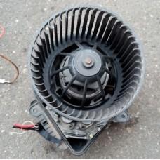 Двигатель отопителя (моторчик печки) (Citroen Xsara)
