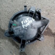 Двигатель отопителя (моторчик печки) (Fiat Punto)