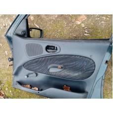 Обшивка(карта) двери передняя правая Ford Escort