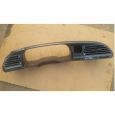 Накладка панели приборов Ford 1054105 (Ford  Mondeo I)