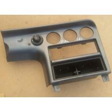 Панель регуляторов отопителя Ford 1035851 Ford Mondeo I