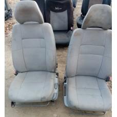 Комплект сиденьий передних для Volvo S40/V40