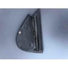 Воздуховод задней двери (Ford Mondeo I)